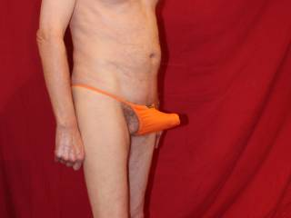 With the stretch the thong appears to be struggling with my balls !
