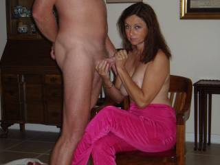 You've got me so horny with all your photos, I'm hoping you'll share it with me Candie-Annie and pop it in my mouth!!