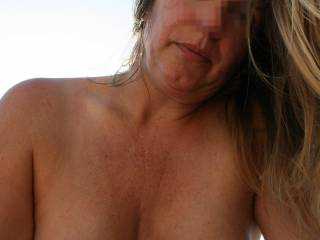 Her nipples are great! Bet u love sucking them? Can she lick her own nips? Such a turn on to watch a woman do that to herself!