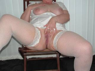 u should stay in that position till i get there to give u a good service very sexy pic would love to lick it/fuck it and then cum all over u xxx