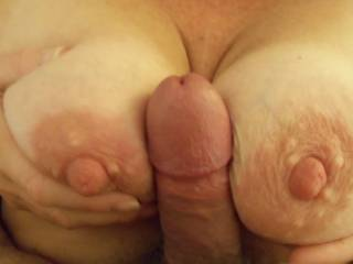 mmmmm those tits and especially nipples are insatiable
