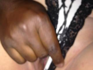 Bbc friend lingering my pussy before we fuck