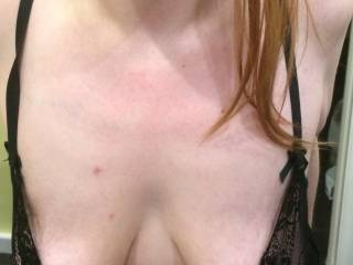 I'm a naughty dirty slut who loves sucking cock and having my tits played with.   I get so horny making cocks spunk over me.   Any cocks want to pleasure my mouth and tits ??   I'm so horny