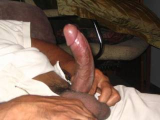 a great cock.  I'd lkike to jasck and suck you off.  Looks very tasty.