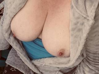 Out the back garden having fun with the wife.can't wait to shoot a load all over the wife's big tits in awhile.who else would love to have fun we these bad boys.