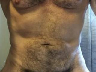 Do you like a naturally hairy fit body?
