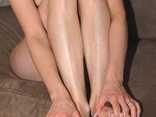 Danielle\'s sexy ass young legs!
