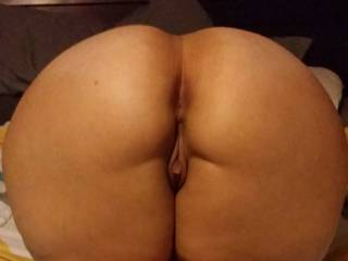 OMG i would enjoy burying my warm wet tongue deep in your ass and suck your clit off until you cum in my mouth sexy lady