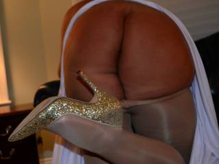 It is a great ass .Making love to that ass then cumming on your shoes is fucking hot. I love to start on the toes and work my way to your cunt and wife loves it as well.