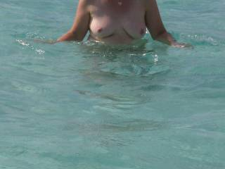 I love the hint of a patch of pussy fur at the aprex of an underwater triangle - and the fully exposed tits