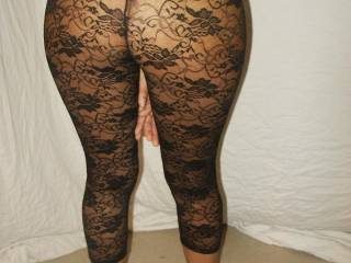 my black lace lingerie, you like my ass?