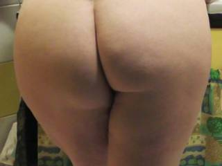 big round ass, while I were brushing my teeth, he took this shots - I didn't had a clue