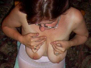 I LOVE YOUR BIG TITTIES AND YOUR NET SUIT... I WOULD LIKE TO PLAY WITH YOU, OK?.....