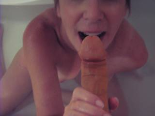 lovely, u look like u r about to really enjoy his cock deep in yr throat. I bet yr pussy is throbbing!!