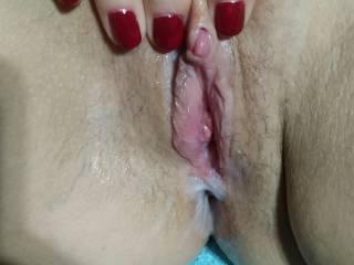 Creamy wet pussy manicure