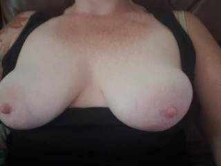 Tits out again