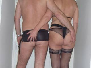 nice picture, nice couple thank you for pics very horny!