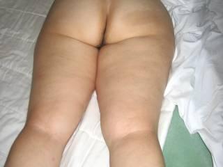 Ooohhh Yesssssssssssss Barb...I love your very sensuous sweet bottom!  I would sooooooooooooo love to play with you and that sexy bottom of yours!