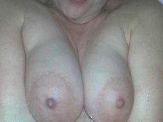 Big wet pregnant titties