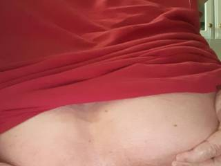 A really deluxe view of my butthole, Ladies, you\'re as welcome as gentlemen to comment and offer. I\'m bi, but lean strongly towards women.
