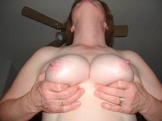 Mmmmh,would love to suck those beautiful nipples,as you drive your cock deep inside her!!