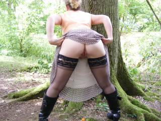 A horny Mrs Curious flashing her ass and pussy at me and anyone else in the woods today