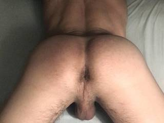 horny af, if you're in Athens and have a dick, I wanna sit on it! Get in touch ;)