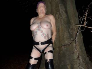 hi all it may well be a little chilly now but it did not stop me putting on my leather outfit and walking in the forest. dirty comments welcome mature couple