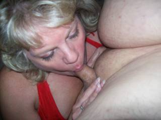 Mrs Daytonohfun from here on zoig sucking my cock during a recent playdate while her hubby was out of town