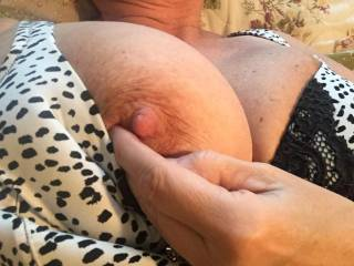 Mmmmmmmmm incredible!!!!! Looks like it could use a little nibbling, licking, pinching and some good hard sucking....;)