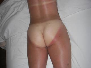 I love the summer, maybe I can talk her into getting rid of these lovely tan lines.  What do u think??