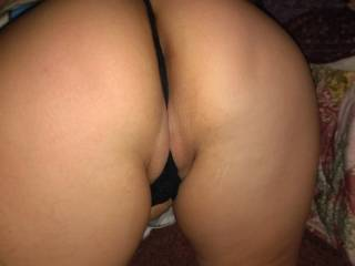 Wife in sum thongs for y'all to jack off too