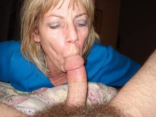 Wow, really good and hard sucking, she knows how to do it!