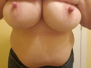 Mrs. using that sexy body to tease a friend and I online.  She made our dicks very hard. Does she excite you?