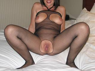 FUCKING HELL, you are one HOT SEXY BABE, with MAJESTIC TITS and DELICIOUS-LOOKING PUSSY xxx