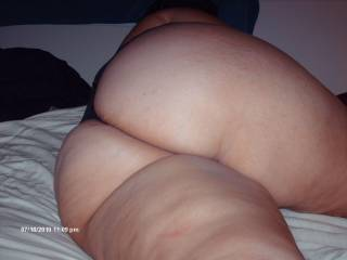 fucking awseome would worship your arse til the end of time,brilliant stuff,you got my cock throbbing and dribbling at the mere thought of fucking you,doggy style of course,wow what a view that would be.