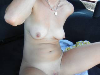 You had sexy tits as well dear. Love to suck both titties.