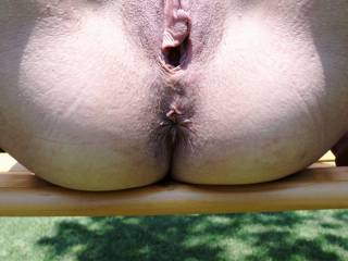 If I saw you like that on the bench in the local park I wo ld ram my fist up your wonderful pussy