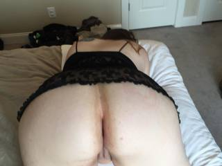 Such a big beautiful ass!!! Perfect in so many ways. Makes me rock hard!!!.