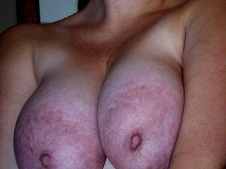 I woould love covered your tits with my 8 longloads of cum like in my videos!! Have you seen my cumshot videos?