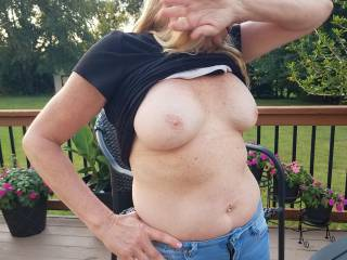 I love when we\'re outside having drinks and she decides to start flashing