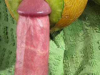 lacking a GF juicy me i'm fucking a hole into a melon in the warm sunlight, hole, big dick
