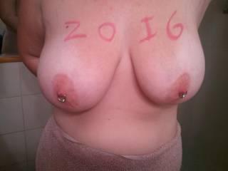 mmmmm-nice big sweet titties!!!!!!