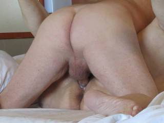Morning fuck with a nice creampie on a cruise.