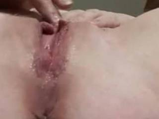 As promised to do, Gloria is sending her dayly solo pleasuring. That is the 5/7 morning masturbation while after hubby left to work..... Gloria is 44 y/o, friend on FB for over 6 years and last week this friendship became more personal after long chats