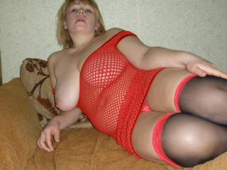 i love your body very hot and sexxy just need my tounge and shaft in all ur pretty holes