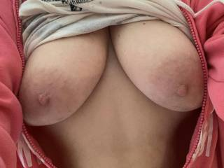 Wife's sexy tits