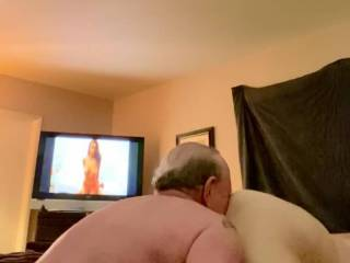 I had not had sex in two months so I alternated eating her juicy snatch and fuck in her doggy style until the last minute as shown in the video is a complete screamer. Would you alternate eating in fucking as long as you had to to get her to come like thi