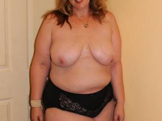 A question for the big panty lovers. What\'s your fav colour? Me in black.