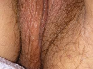 Mesmerizing pic of that gorgeous delicious pussy of yours , has me licking my lips and tongue wagging so eager to edulge!